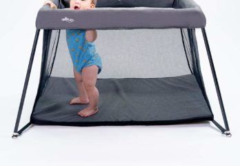 Portable Playard by UniPLAY, Playpen